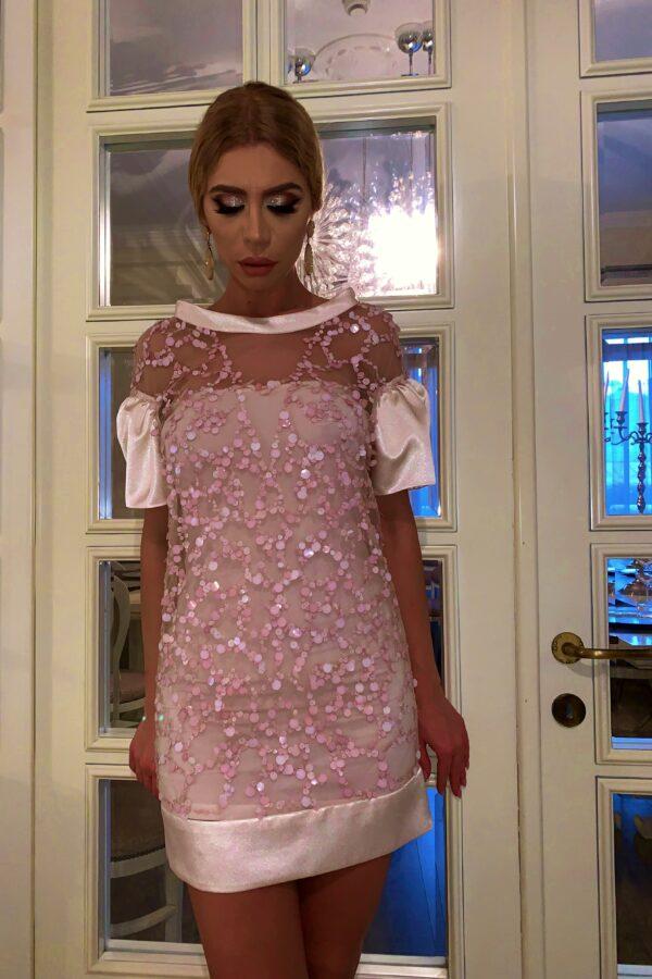Rochie roz pudrat cu paiete