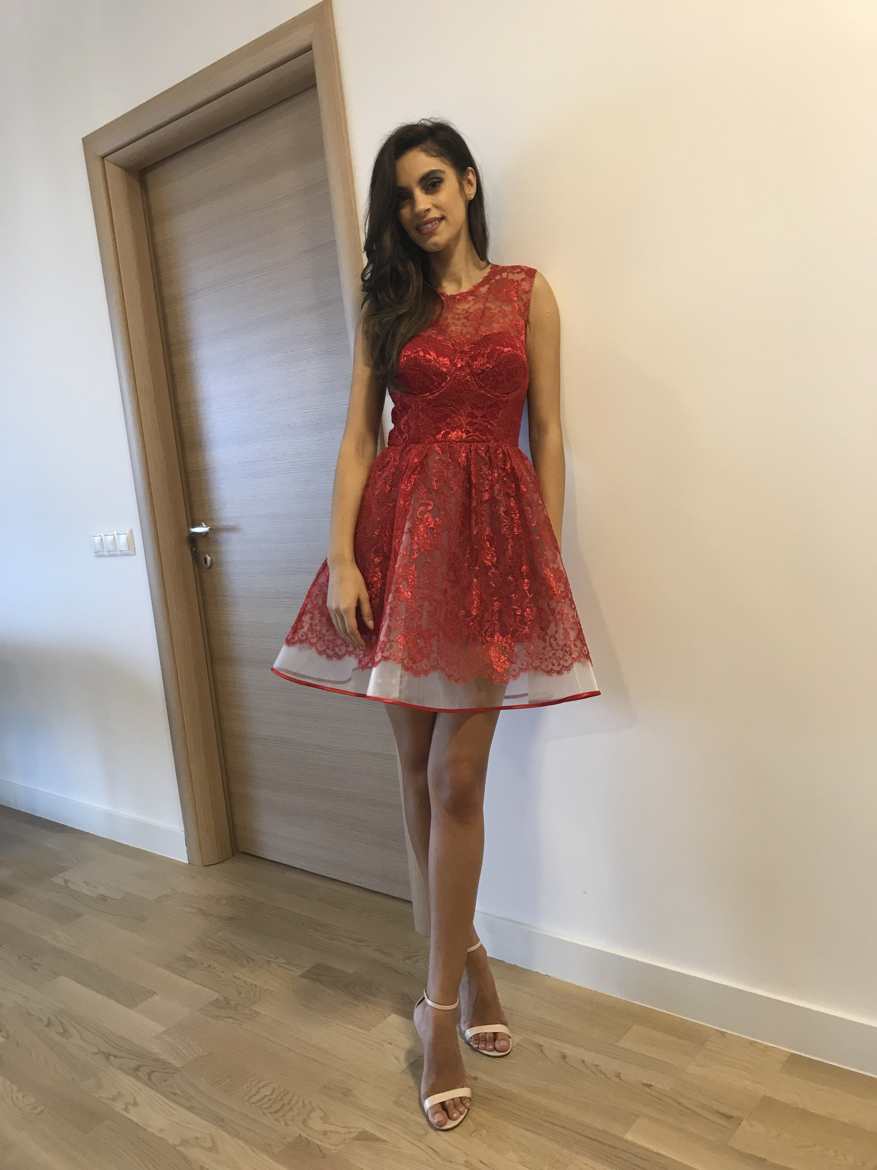 super cute ee471 1c423 Abito rosso in pizzo chantilly